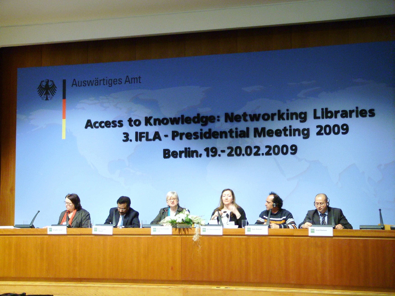 ifla-presidential-meeting.JPG